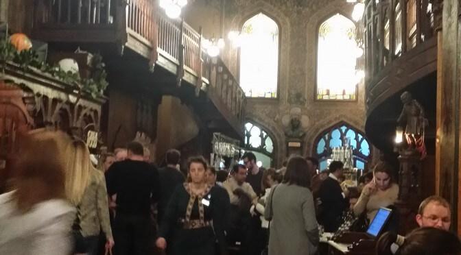 [Restaurant] Caru' cu Bere (Bucarest)