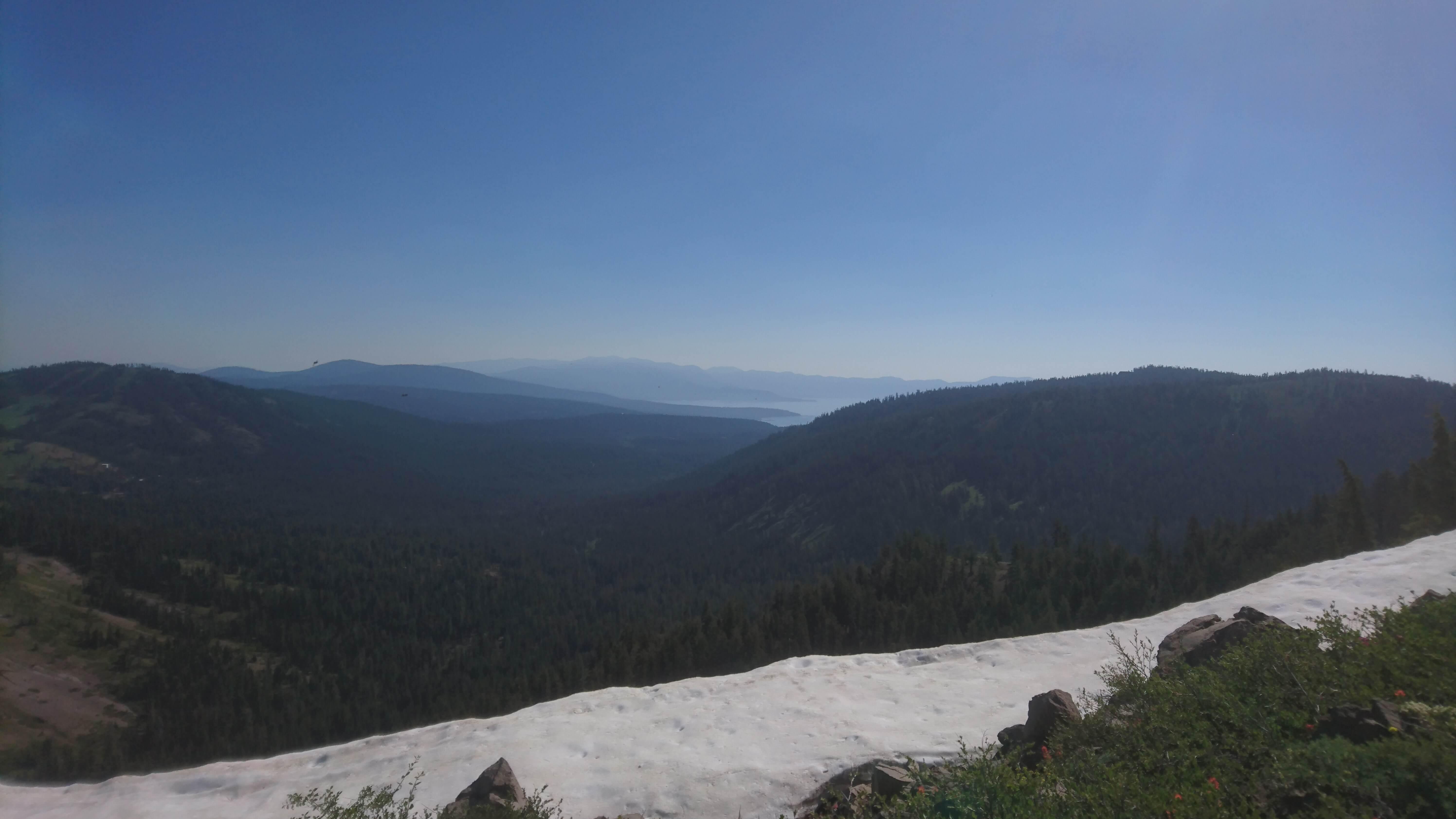 La rive nord du lac Tahoe