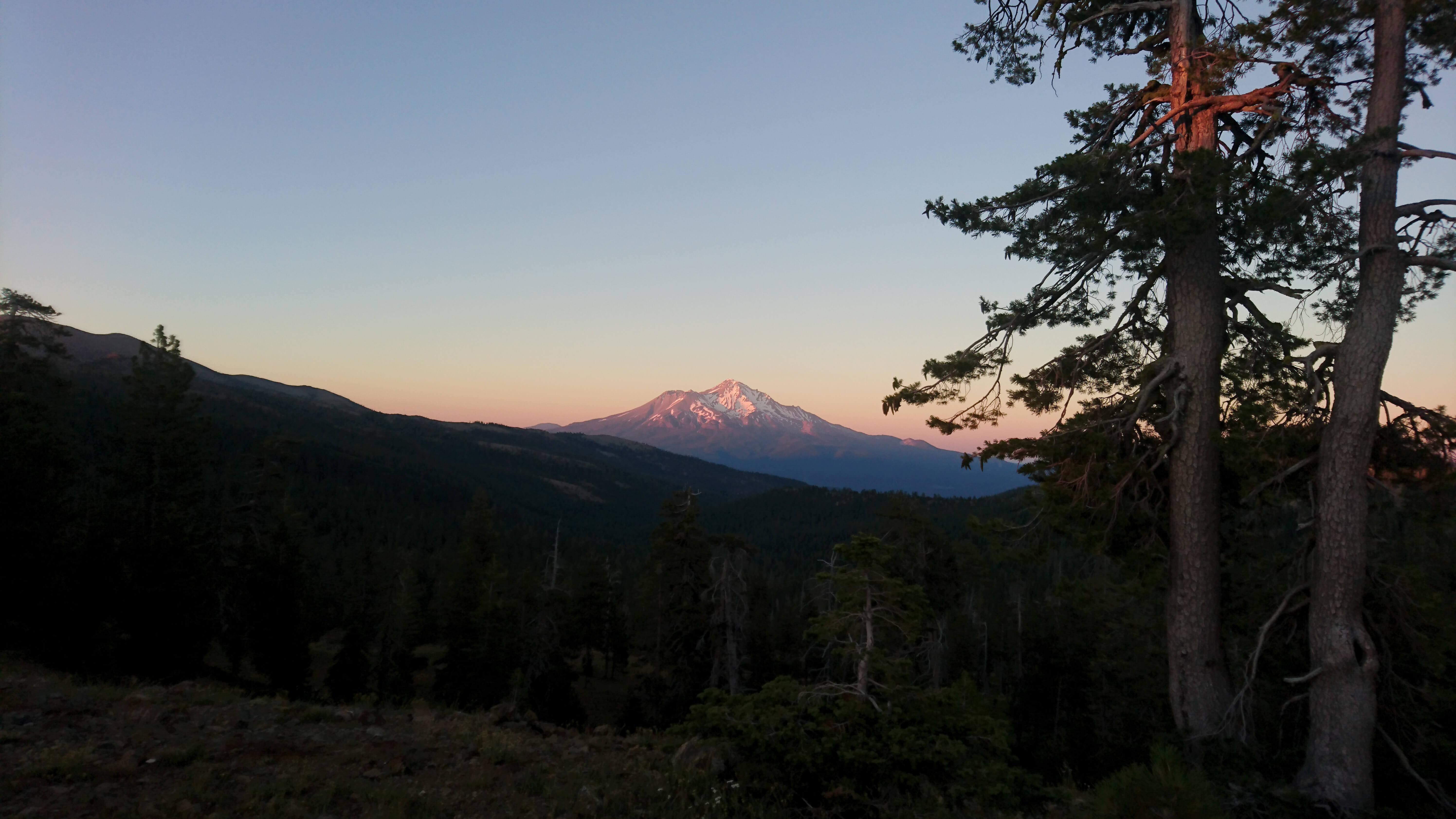 Coucher de soleil sur le Mont Shasta