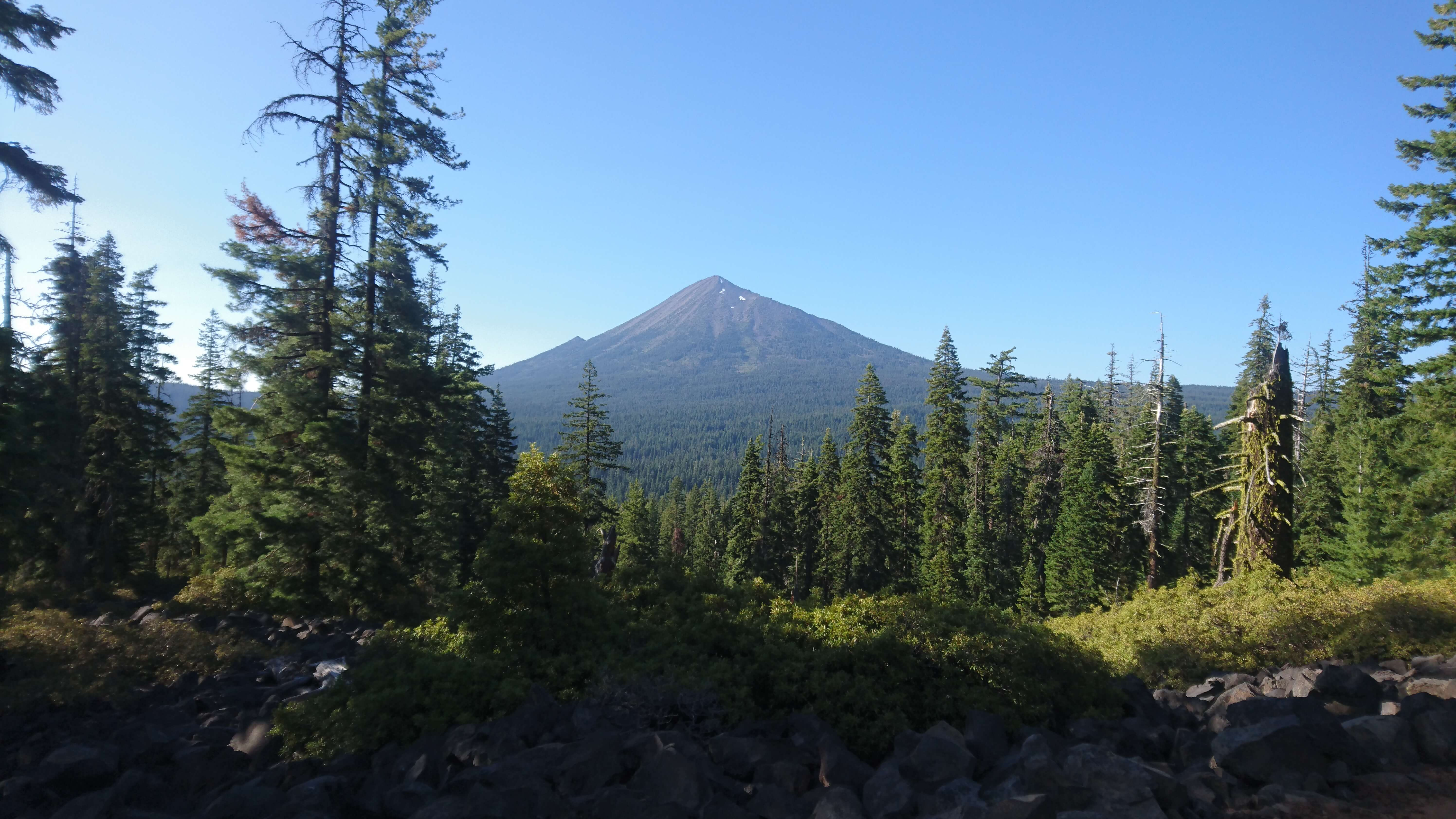 Le superbe Mont Mc Laughlin