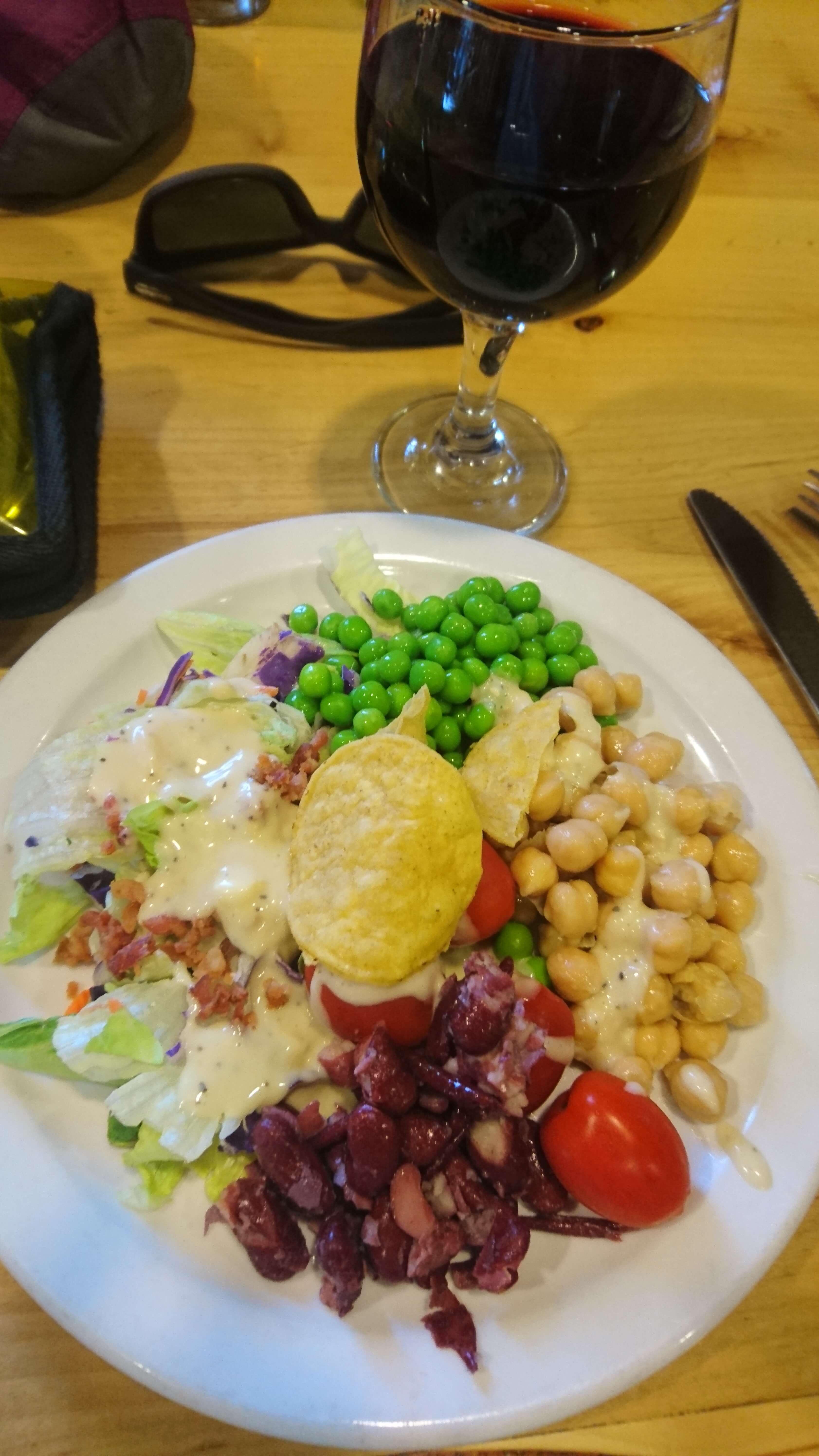 Les restaurants permettent de manger ce qui nous manche le plus sur le chemin !